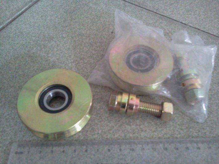 """2 Pack 2.7"""" Sliding Gate Roller V Groove Wheel w/ 6203RS Bearing M12x50 Bolts"""