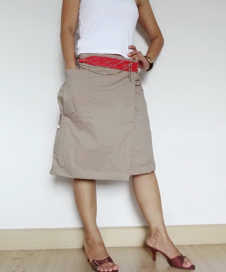 Size 32 Ladies Wrap Skirt Steampunk Kilt Pleated Skirt Velcro Wrap Style