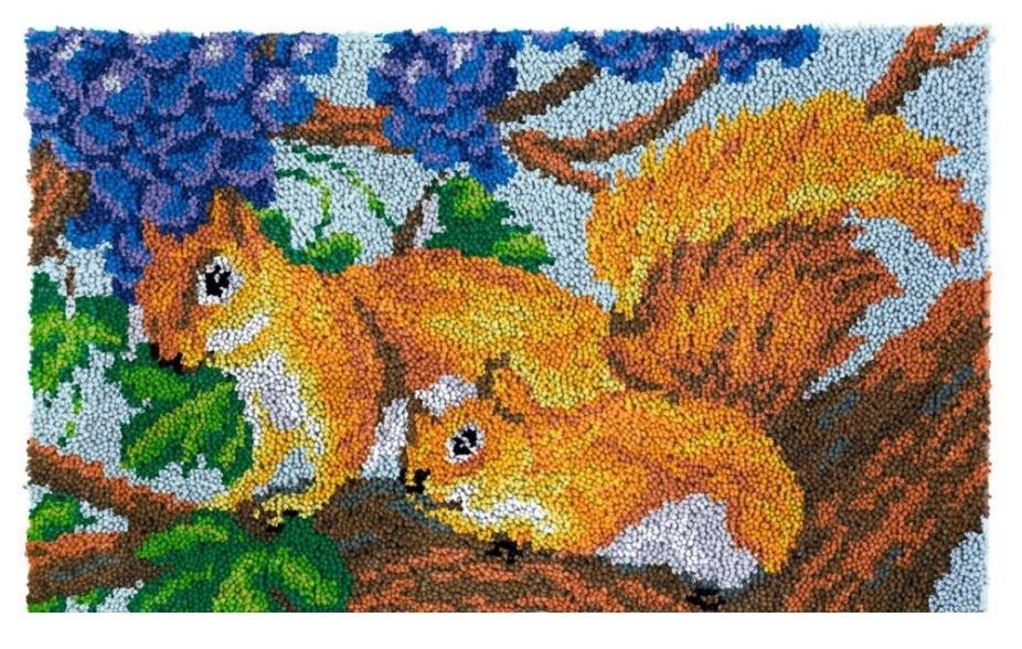 Squirrels Rug Latch Hooking Kit (85x58cm)