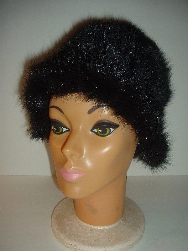 Vintage Betmar New York Paris Elegante Faux Fur Hat