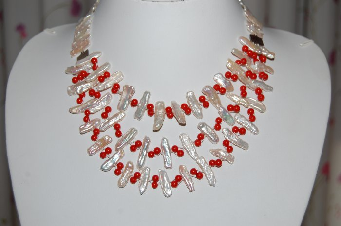Tripple Strand Stick Pearl with Coral