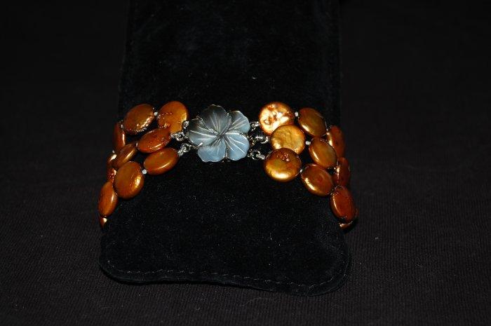 Triple Strand Coin Pearl Bracelet B1019