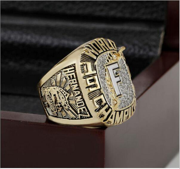 1997 FLORIDA MARLINS MLB world Series Championship Ring 10-13 size with cherry wooden case