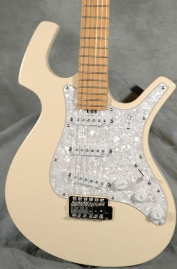 Parker P30 Cream Electric Guitar w/ Parker Padded Gig Bag FREE SHIPPING www.tmscad.ecrater.com