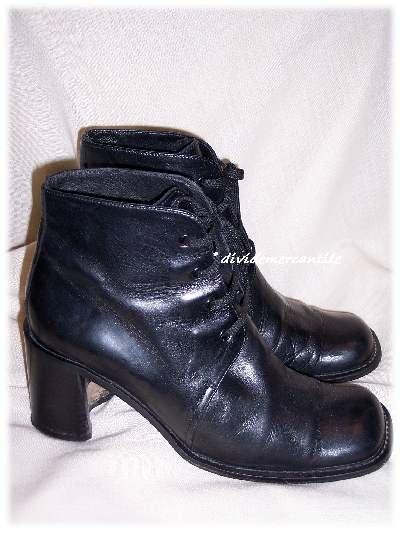 Joan & David Black Leather Boots Size 7