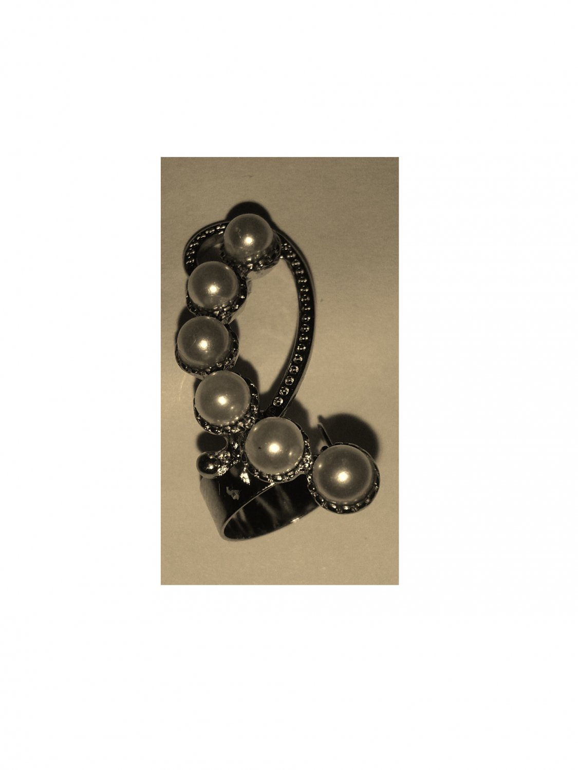 Ear Cuff with Simulated Pearls