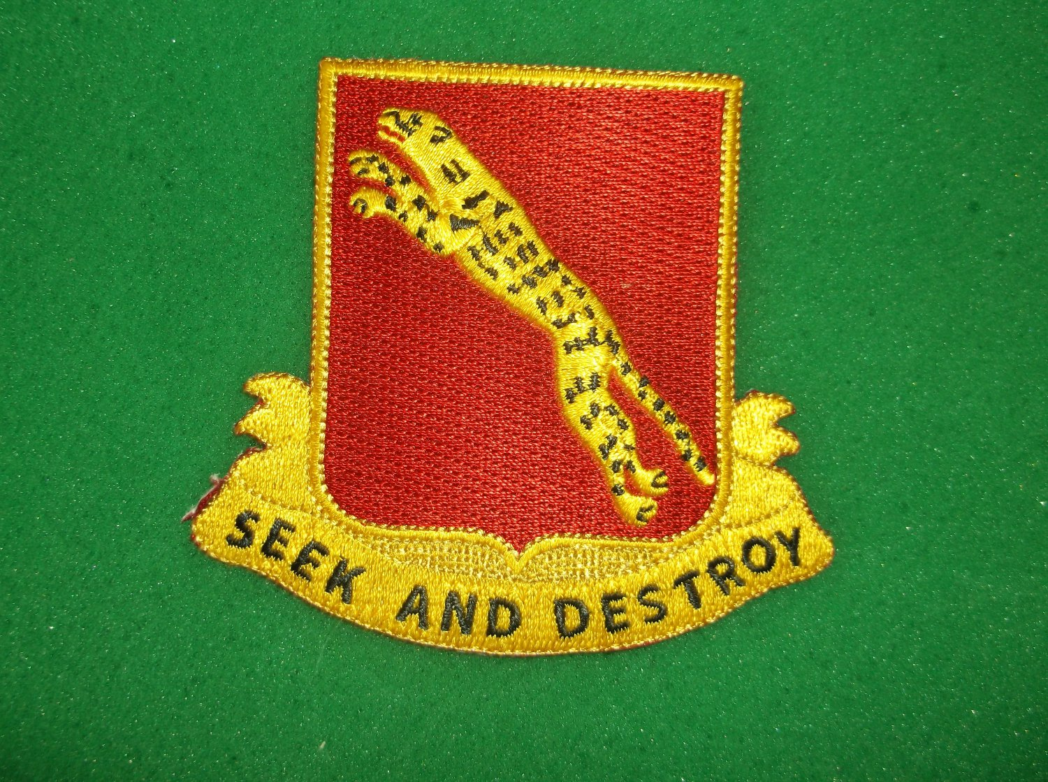 138TH ARMORED CAVALRY REGIMENT PATCH