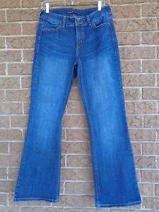 "Size 10 Levi's 526 Slender Boot Cut Women's Blue Jeans 32"" Inseam"