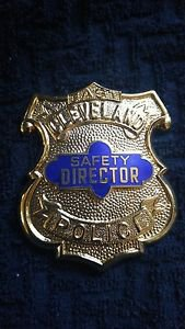 Obsolete Safety Director CHIEF East Cleveland OHIO Police Badge Badge Rare Rank