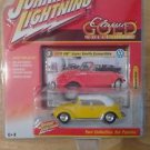 Johnny Lightning 1/64 Classic Gold 1975 Volkswagen VW Super Beetle Yellow