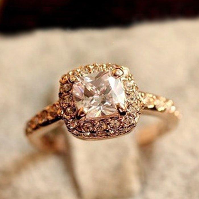 Princess Cut Square Gold Ring Size 6.5