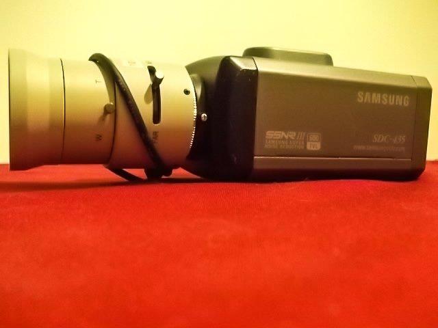 SAMSUNG SDC-435P.CCTV day & night color camera.Lens 5-50 mm F 1,4IR + GIFT