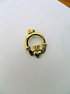 14K Gold Irish Claddagh Pendant