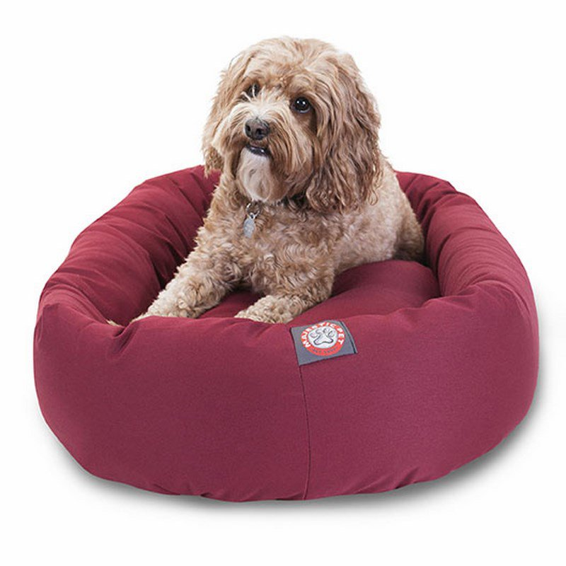 Majestic Pet Products 32-inch Burgundy Bagel Dog Bed