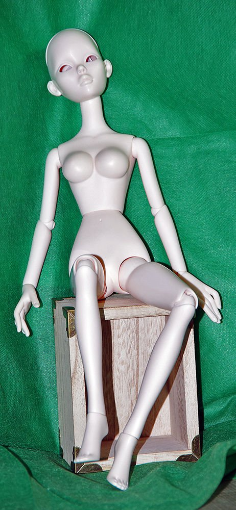 Evangeline Ghastly Resin Doll Mannequin