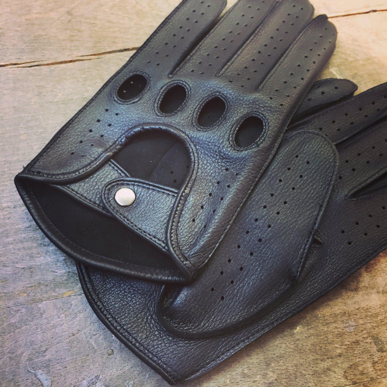 Men's Deerskin Driving Gloves Deer-skin Black gloves Unlined Size 7,5 inches M
