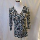Talbots Petite V Neck Floral Top Shirt Women's Small 3/4 Sleeves Gathered Side