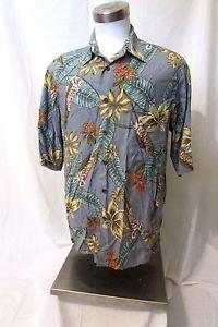 Reyn Spooner Hawaiian Camp Shirt Men's Medium Flower Print Coconut Button