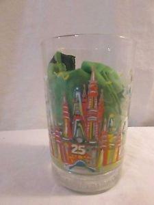 Disney World 25th Anniversary Glass Tumbler Remember the Magic Donald Duck