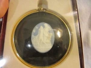 Peter Bates Miniatures Cameo Dancers in Brass Frame Original Box
