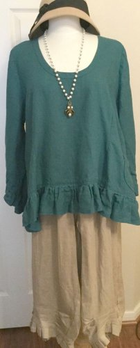 Sassy Rags by Classy Sassy Couture ladies blue linen 3/4 sleeve ruffle top