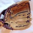 "T Ball Mitt Wilson 9 1/2"" Ultra Soft Lining"