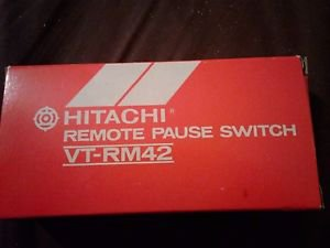 Hitachi VT-RM42 Remote Pause Switch -- NOS NEW