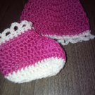 Crochet baby set, baby hat and booties, newborn set gift, pink-white, size 0-3 months