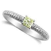 0.55 Carat Princess cut Diamond Ring in 18k White Gold