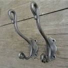 A PAIR STYLISH ANTIQUE STYLE TRUNK DOUBLE COATHOOK CAST IRON COAT HOOK RACK R4