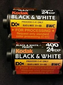 2 Rolls Of 35mm 24 Exp 400 Kodak Process C-41 Black And White AS IS