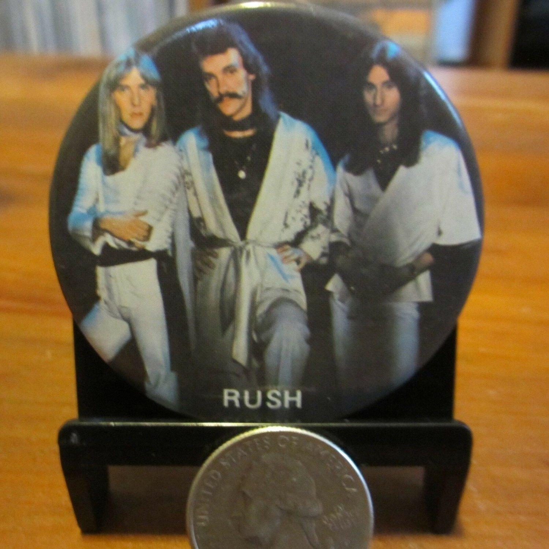 """RUSH 2112 Album Trio Photo - Vintage 1980s 2"""" Pinback Pin Button c1984 - ex"""