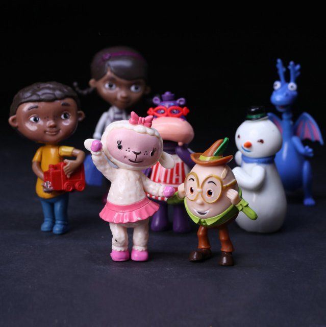7pcs/lot Kawaii Doc McStuffins Clinic Doctor Friend Girls Dragon Sheep Hippo Snow Man PVC Action