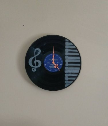 Piano Keys and Treble Record Clock