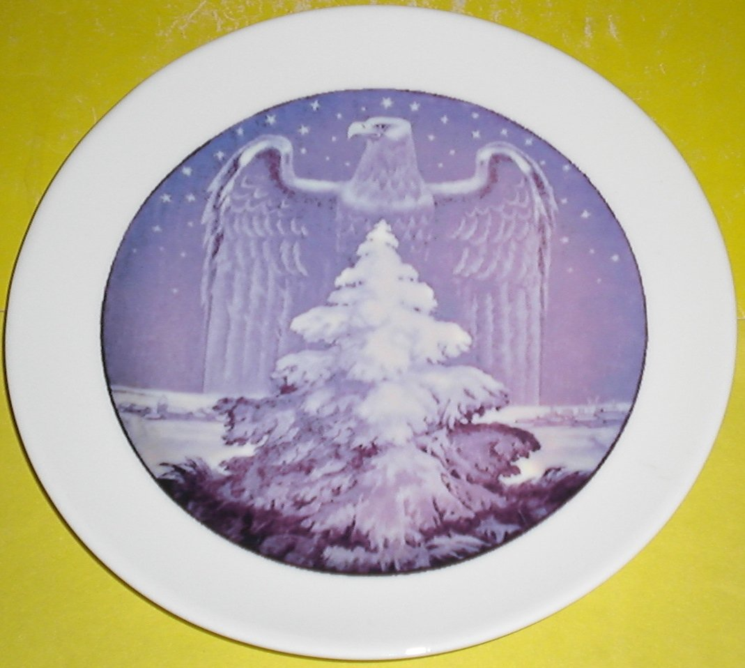 Рorcelain plate with underglaze pattern. Trademark Rosenthal, Bavaria.