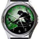 Green Arrow Round Metal Watch