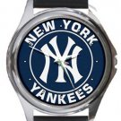 New York Yankees Round Metal Watch