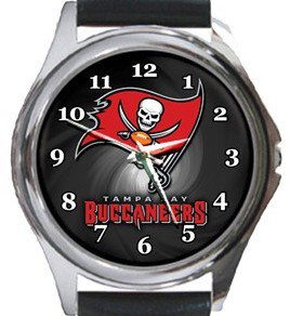Tampa Bay Buccaneers Round Metal Watch