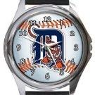 Detroit Tigers Round Metal Watch