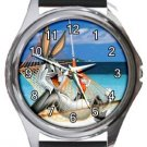Bugs Bunny On Holiday Round Metal Watch