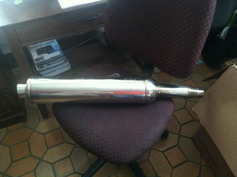 Triumph Exhaust Muffler Pipe 2200079