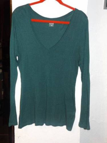 Ladies SIZE LARGE ANA Green V NECK LONG SLEEVE Shirt TOP