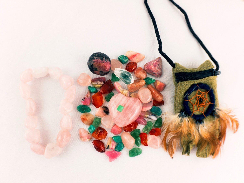 Love Energy Emerald Crystal Pouch PLUS Rose Quartz Bracelet