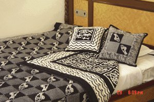Handmade Cotton Quilt with shams Queen King Size
