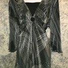 Artsy black crinkle stretch ruched keyhole dressy top plus 22/24W hippie boho