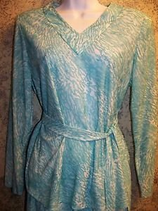 Lightweight abstract dye knit stretch aqua turquoise modest v-neck top skirt 10