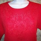 LIghtweight crinkle embossed floral red cut out scallop hem short sleeve top M-L