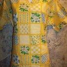 Cheerful yellow daisy spring vneck pullover scrub top dental medical S long tall