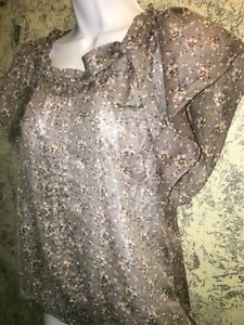 FOREVER 21 flutter sleeve elastic waist blouse semi sheer floral S scoop neck