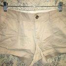 OLD NAVY light khaki chinos short shorts low rise back slit front pockets size 4